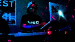 """Dj RoRo (15 yr old) First """"Dj Battle"""" (Round 2)  2012"""