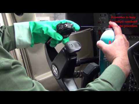 Mic Switch Button Cleaning for the Skyhawk, Skylane, and Stationair
