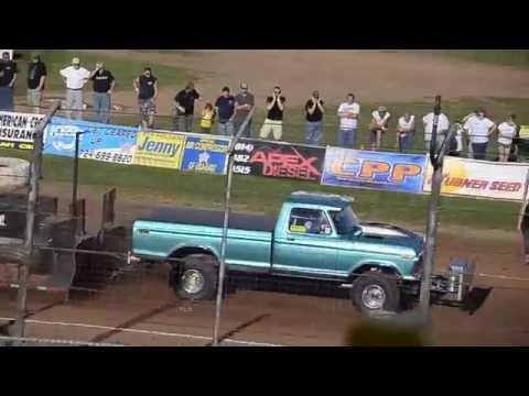 Truck Pull - Lernerville Speedway 9-11-2016