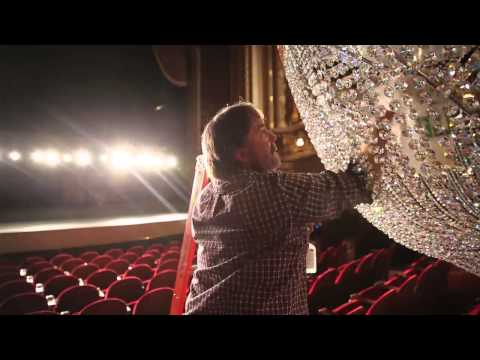 How to clean a 1-ton chandelier