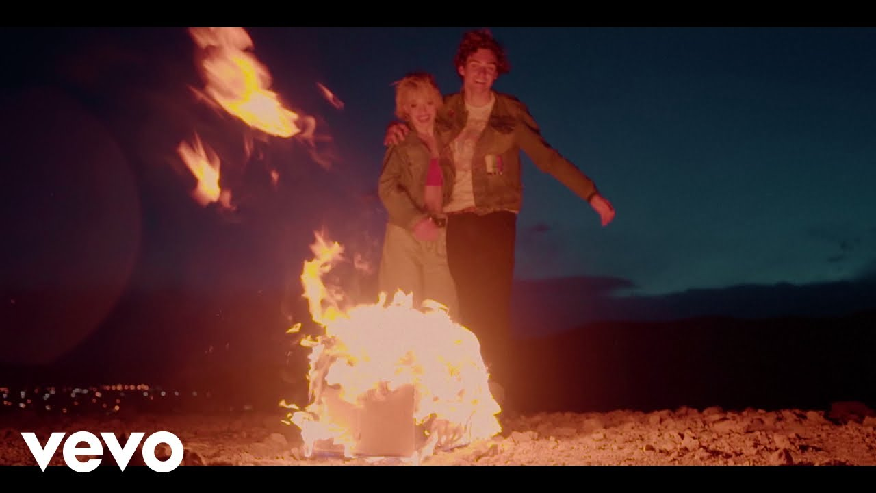 Gryffin & Audrey Mika - Safe With Me (Official Music Video)