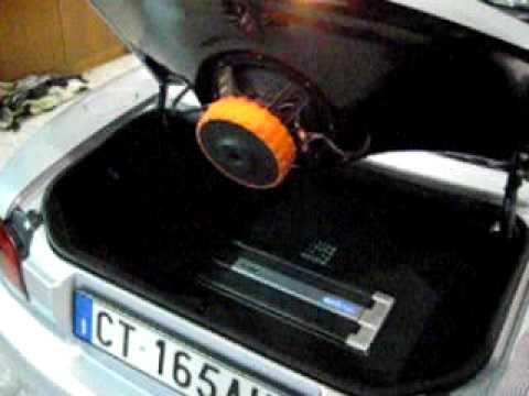 Mazda mx 5 youtube for Box subwoofer in vetroresina