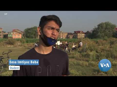 outdoor-classes-in-kashmir-combat-covid-contagion