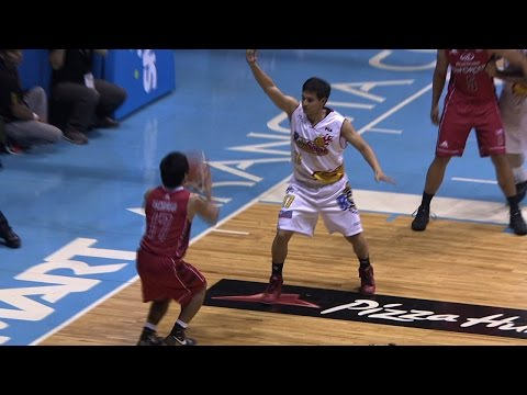 Manny Pacquiao's First Field Goal
