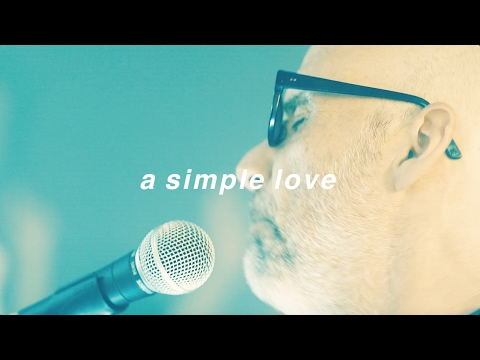 Moby & The Void Pacific Choir - A Simple Love