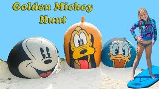 the-assistant-pretend-play-hunts-for-the-golden-mickey-mouse-and-pirate-treasure