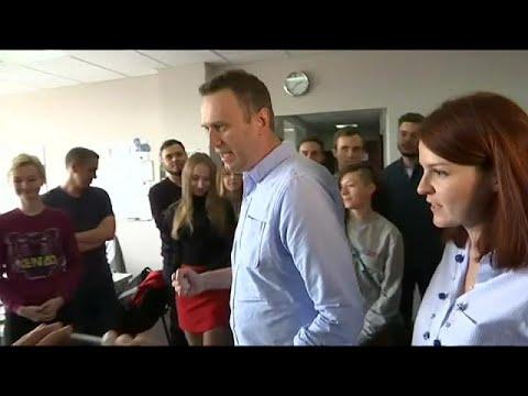 Kremlin critic Navalny released from jail