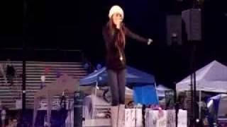 "Samantha Jade performing ""Step up"" 9/29/2007"