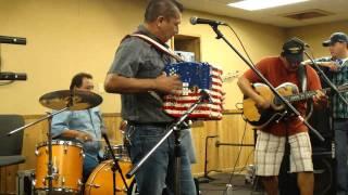 Juan P. Moreno y Sus Amigos - Polka #2 - San Antonio, TX 2010