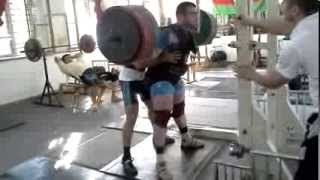 300 kg Squat with Ramil Akhmadov