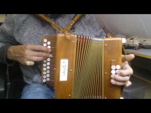 autumn hymne. own composition on saltarelle bouebe cf melodeon