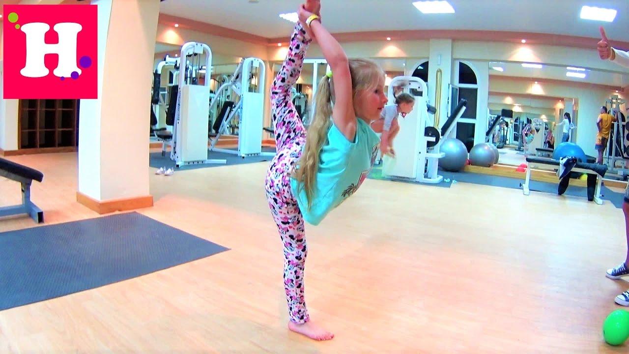 Голая воздушная гимнастика смотреть видео фото 453-257