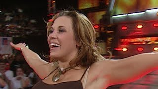 Mickie James vs. Torrie Wilson with Special Guest Referee Candice Michelle: Heat, September 8, 2006