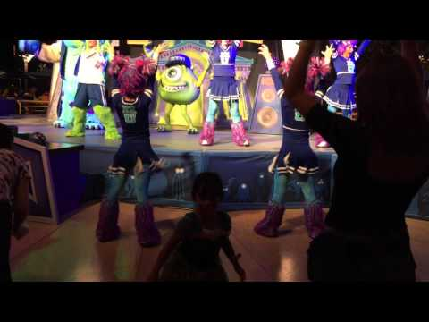 ROAR DANCE BY MONSTERS UNIVERSITY