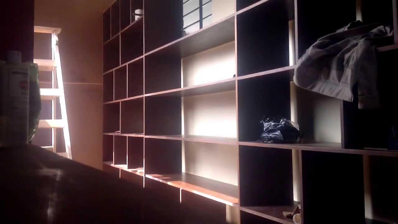 Repisas de pino con luces led youtube - Muebles de salon con luz led ...