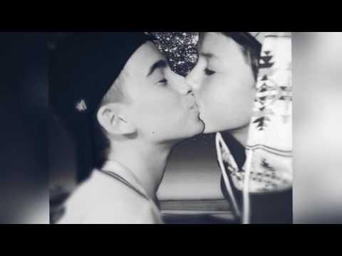 Jacob Sartorius Kissing Johnny Orlando ON THE LIPS !