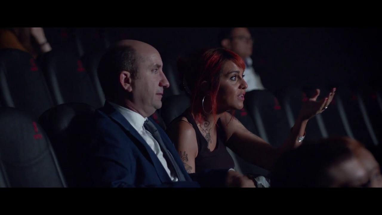 Come Un Gatto In Tangenziale 2017 Trailer Ufficiale 90 Youtube
