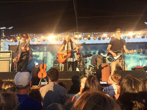 Brandi Carlile ft Lucas, 11 Live @The Cabooze 08/02/2015
