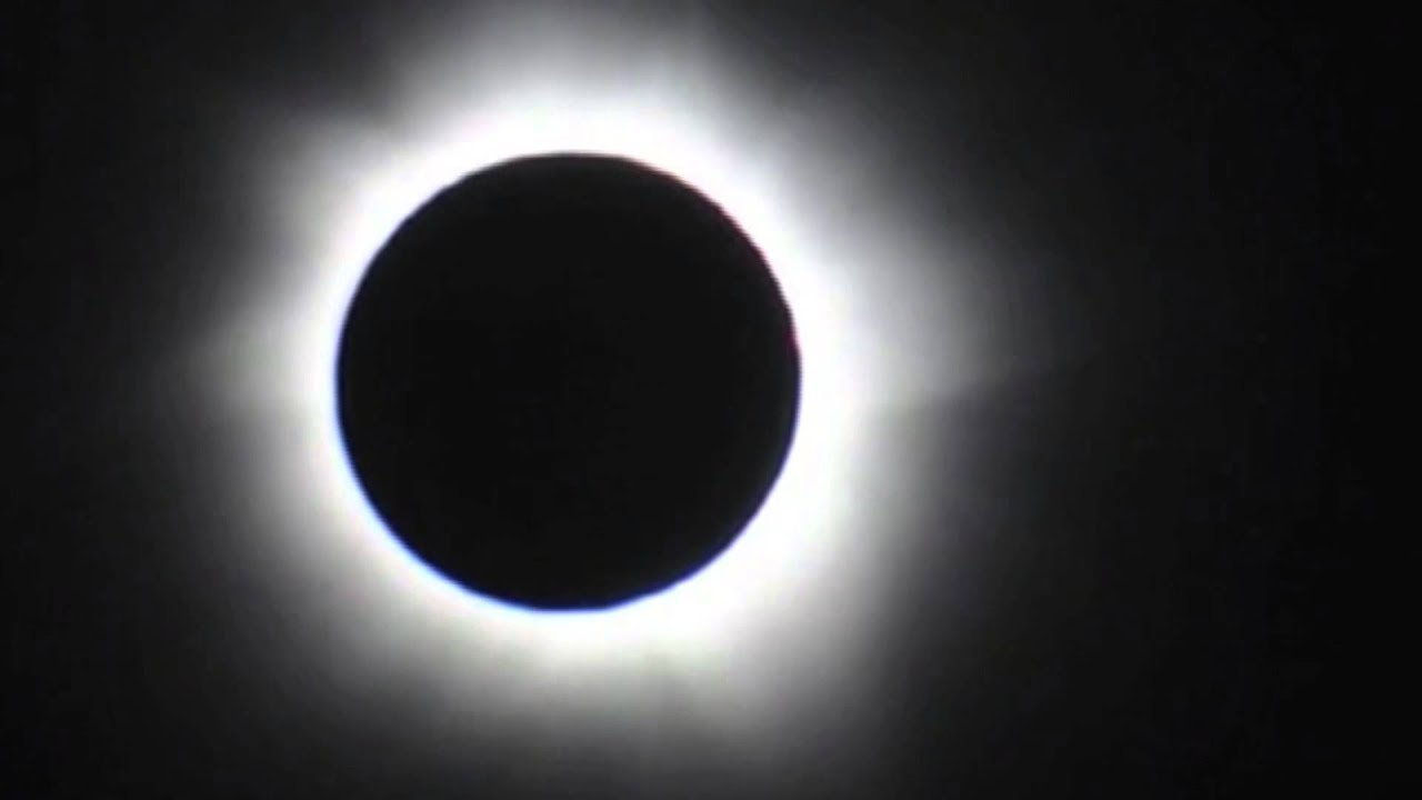 Solar Eclipse - Moment of Totality | Video - YouTube - photo#30