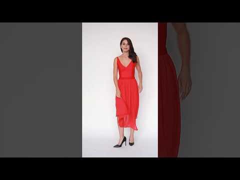 Video: Elegancka sukienka plisowana midi