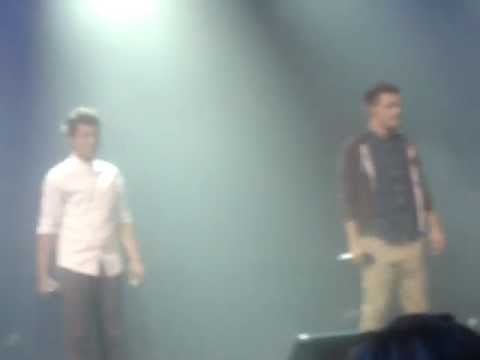 One Direction Use Somebody (iTunes Festival)
