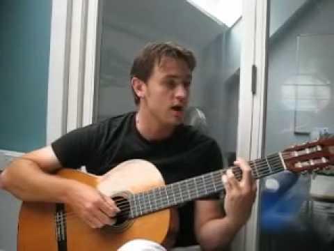 Lee Kirby sing Diem Xua.mp4