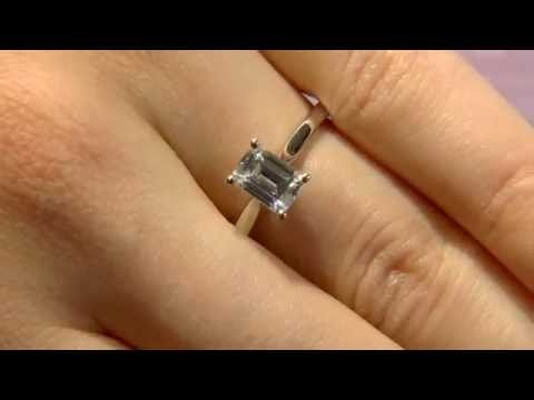 1.00 Carat Emerald Cut Diamond Solitaire Engagement ring Sr1031