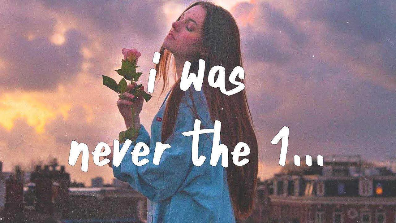 Download ROSIE - Never the 1 (Lyrics)