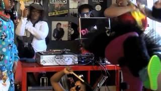 The New Harlem Shake- REMIX by DJ Beauty and the Beatz Thumbnail