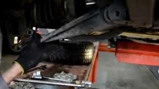видео Снятие и установка передней подвески