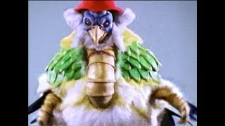 "Mighty Morphin Power Rangers - Dino Megazord vs Chunky Chicken | Episode 7 ""Big Sisters"""