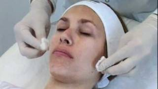 DermaCeutic Mask Peel Demo | Nu-U Essentials MediSpa(, 2011-11-10T16:16:33.000Z)