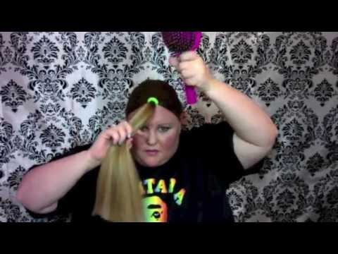 How to beautifully cut your own hair (M by Mickie)