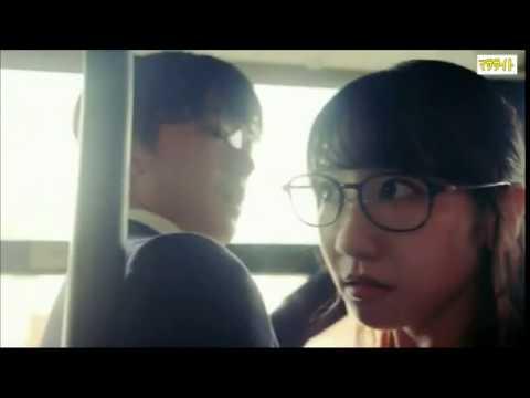 【セクシー】 柏木由紀のパンチラ&谷間見せにドラマ視聴者興奮!(パラパラ動画)