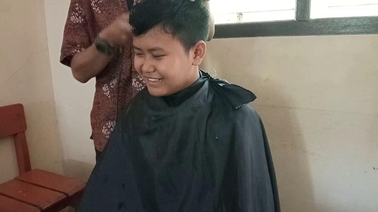 Model rambut Klasik gaya anak sekolah rapih - potong ...