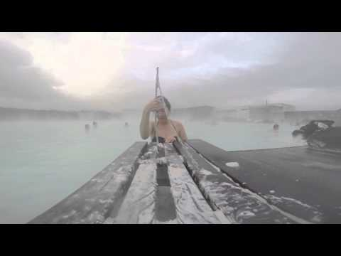 BLUE LAGOON // ICELAND // How NOT TO take off a silicone mask!