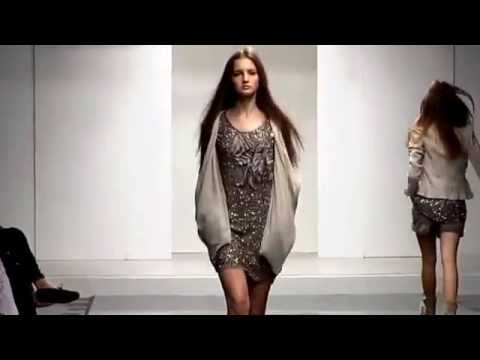 size 40 461ec d9529 SCEE BY TWINSET - FASHION SHOW GIOLEN SPRING SUMMER 2013 on Vimeo 1)