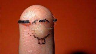 Видео урок : как разминать пальцы. прикол =]