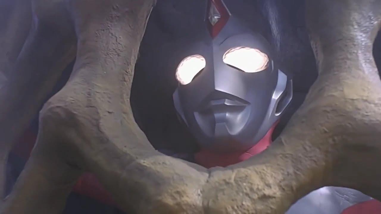 Download Ultraman Dyna vs Queen Monera (lost)
