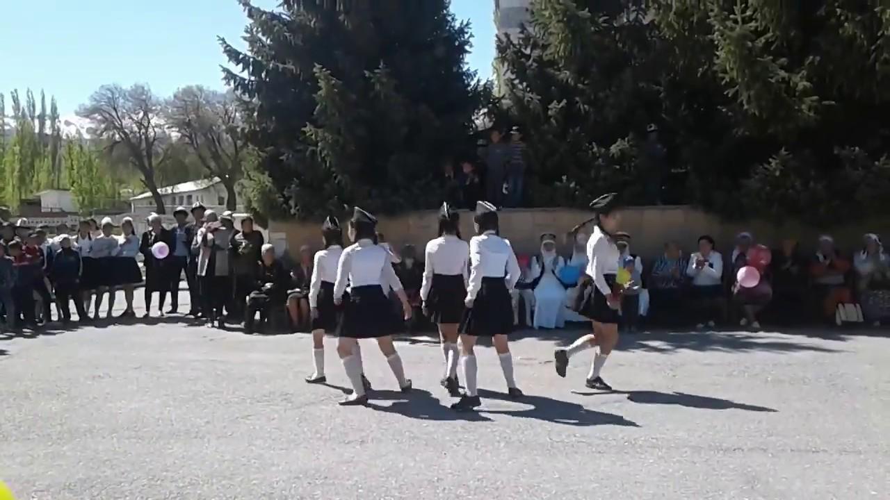 progulka-po-haydarkanu-foto-video-porno-chuzhie-zheni-i-druzya-muzha-zhena-s-gostem