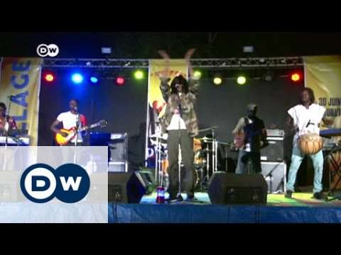 Standing up for your rights in Burkina Faso | DW News