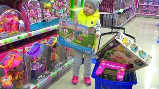 Алиса купила много игрушек Детский шоппинг Alice bought a lot of toys for Children shopping(Алиса купила много игрушек Детский шоппинг Alice bought a lot of toys for Children shopping В магазине игрушек Алиса купила..., 2016-04-15T20:23:19.000Z)