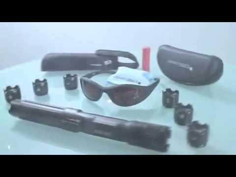 pointeur laser le plus puissant du monde youtube. Black Bedroom Furniture Sets. Home Design Ideas