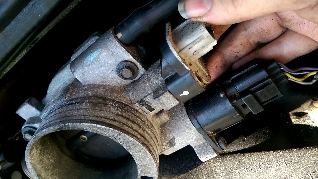 Maxresdefault on 2003 Dodge Ram 1500 Throttle Body
