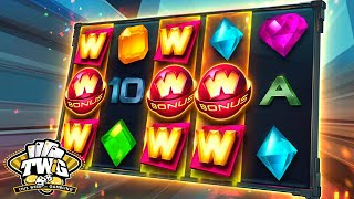 Illuminous Online Slot from Quickspin(Illuminous Online Slot Full Review: http://online.casinocity.com/slots/game/illuminous/ http://www.ThisWeekInGambling.com - The Illuminous Online Slot derives ..., 2016-08-11T21:36:17.000Z)
