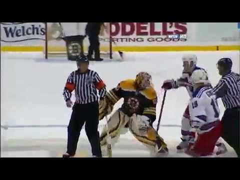 Sean Avery slashes Tim Thomas in the back of the head