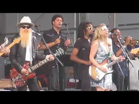 "Billy Gibbons, Jimmie Vaughn, Derek Trucks  & Susan Tedeshi jam ""New Orleans Jazz Festival"""