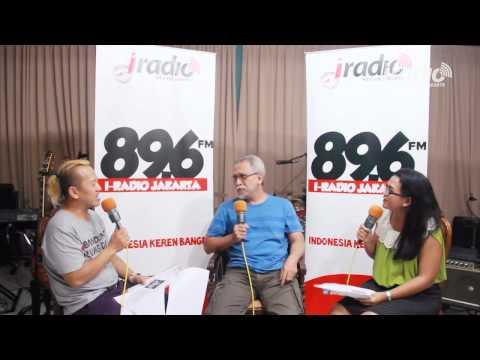 Iwan Fals di Ulang Tahun IRadio Makin Berkelas di 14
