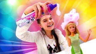 Кукла Барби собирается на вечеринку. Игры одевалки: салон красоты для кукол. Видео с игрушками