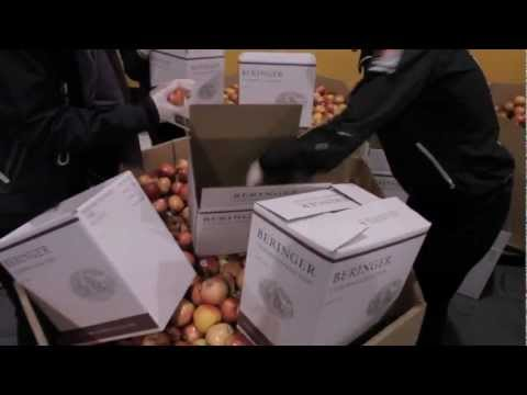 ORACLE TEAM USA Visits the San Francisco Food Bank